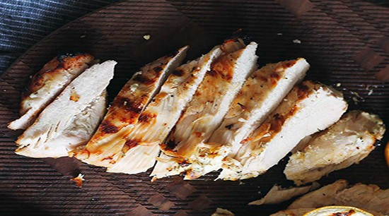 Fully Cooked Sliced Grilled Chicken Breast Meat
